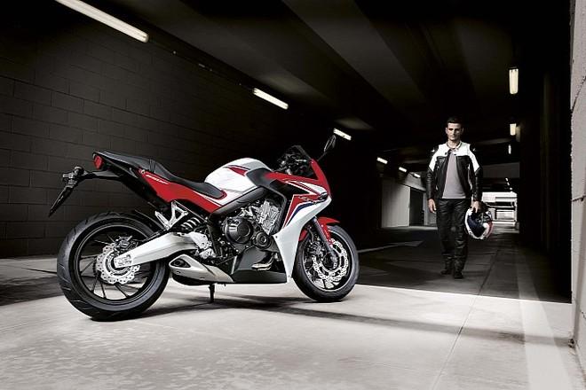 Honda CBR650F 2014 không cần động cơ khoẻ để gây ấn tượng ảnh 2