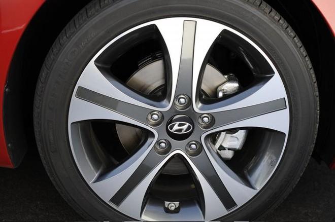 Hyundai chính thức giới thiệu Elentra Sport 2014 ảnh 5