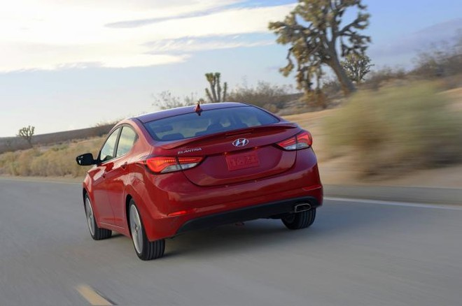 Hyundai chính thức giới thiệu Elentra Sport 2014 ảnh 1