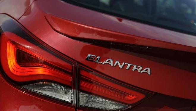 Hyundai chính thức giới thiệu Elentra Sport 2014 ảnh 11