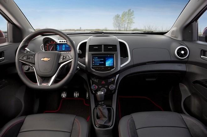 Chevrolet chính thức giới thiệu Sonic RS 2014 ảnh 5