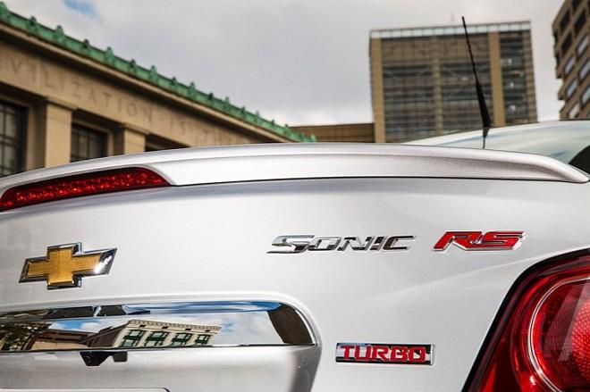 Chevrolet chính thức giới thiệu Sonic RS 2014 ảnh 4