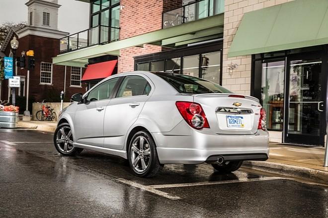 Chevrolet chính thức giới thiệu Sonic RS 2014 ảnh 2