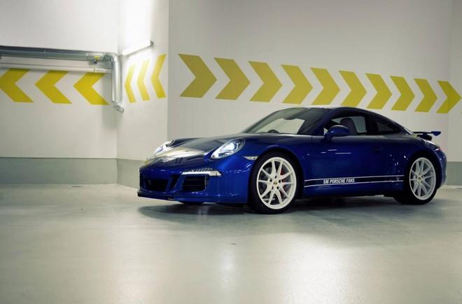 Mãn nhãn với Porsche 911 phiên bản Facebook ảnh 4