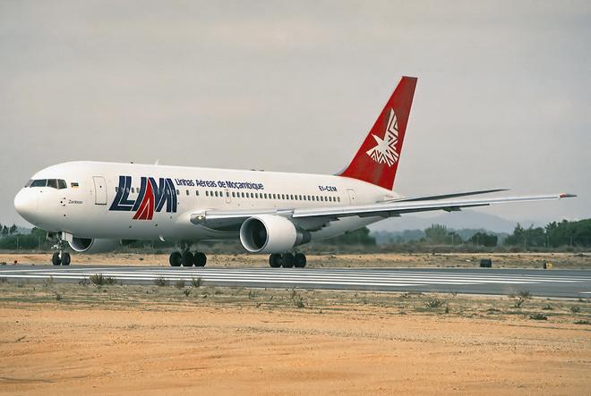 Hai vụ máy bay rơi liên tiếp, 37 người thiệt mạng ảnh 1