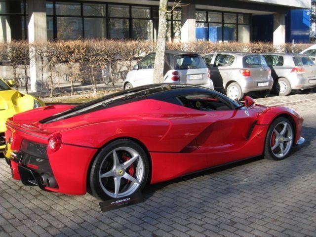 Chiếc LaFerrari đầu tiên được bán với giá hơn 3 triệu USD ảnh 5