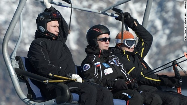 Tổng thống Putin trổ tài trượt tuyết ảnh 1