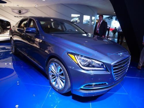 Hyundai Genesis 2015: Mạnh mẽ và hiện đại ảnh 1