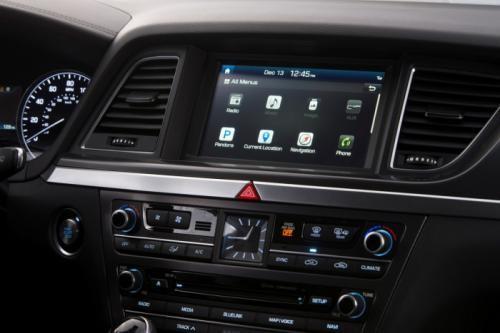 Hyundai Genesis 2015: Mạnh mẽ và hiện đại ảnh 4