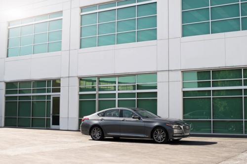 Hyundai Genesis 2015: Mạnh mẽ và hiện đại ảnh 6