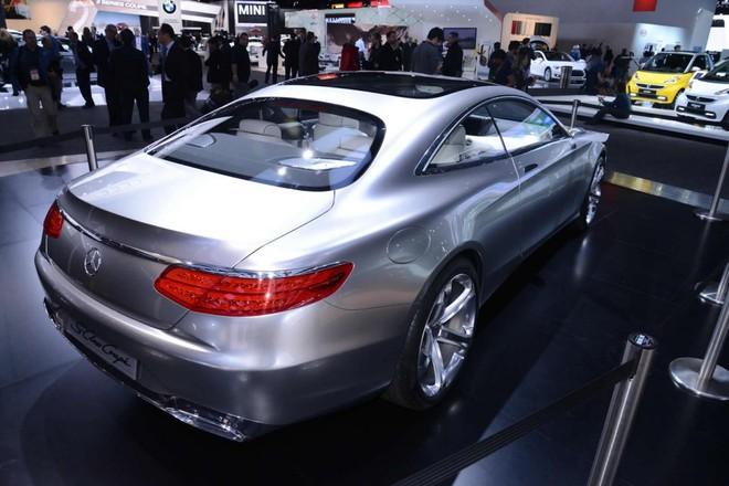 Mercedes sẽ sản xuất S-Class Coupe, S500 và C300 plug-in hybrid ảnh 2