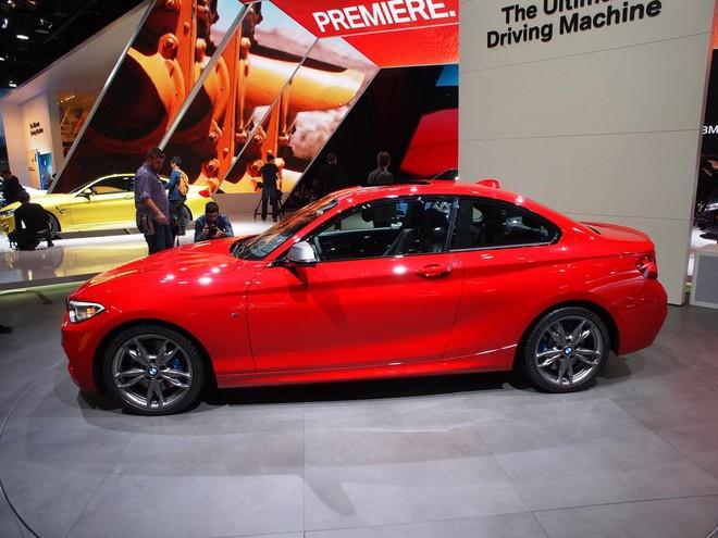 BMW M235i xuất hiện đầy ấn tượng ở Detroit Motor Show ảnh 4