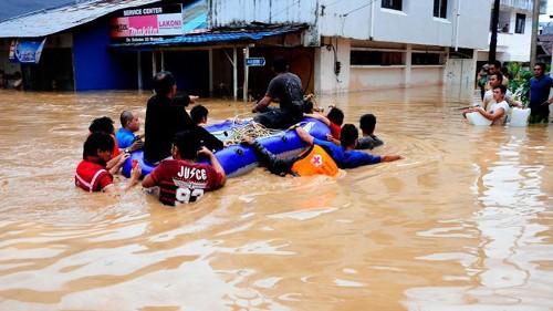Indonesia: Lũ lớn làm 13 chết, 40.000 người phải rời bỏ nhà cửa ảnh 3