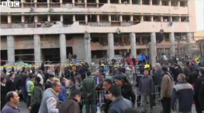 Ai Cập: Nổ bom trước trụ sở cảnh sát, 4 người thiệt mạng ảnh 1