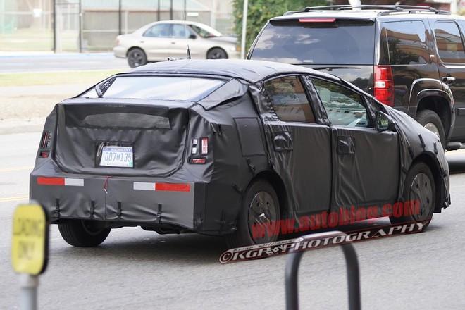 Toyota Prius 2015 sẽ được nâng cấp toàn diện ảnh 1