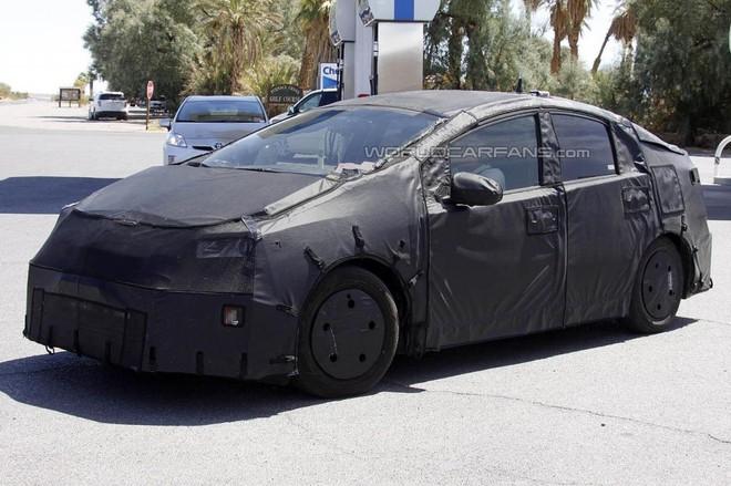 Toyota Prius 2015 sẽ được nâng cấp toàn diện ảnh 2