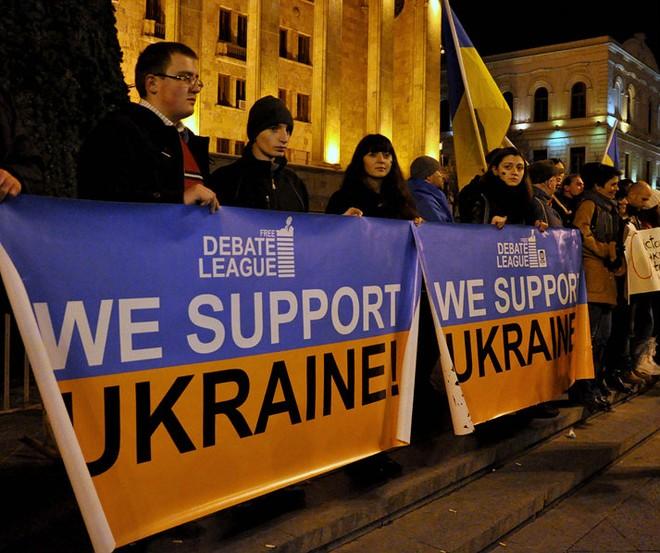 IMF thông qua gói viện trợ 18 tỉ USD cho Ukraine ảnh 1