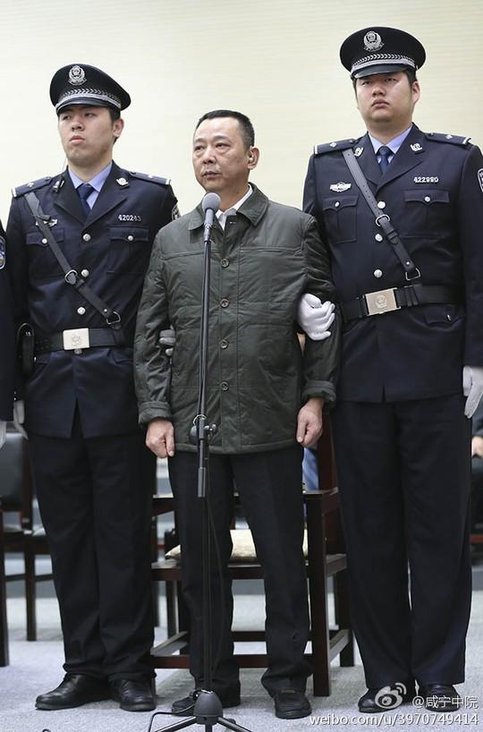 Trung Quốc bắt đầu xét xử trùm xã hội đen khét tiếng Lưu Hán ảnh 1