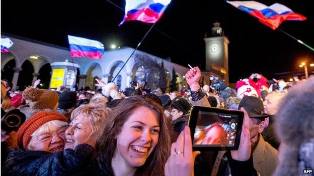 Thủ tướng Nga Medvedev đến thăm Crimea ảnh 3
