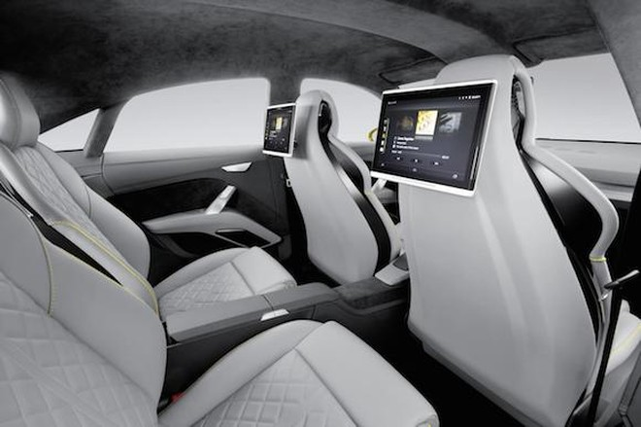 Audi TT offroad concept: Tiện lợi và siêu tiết kiệm ảnh 6