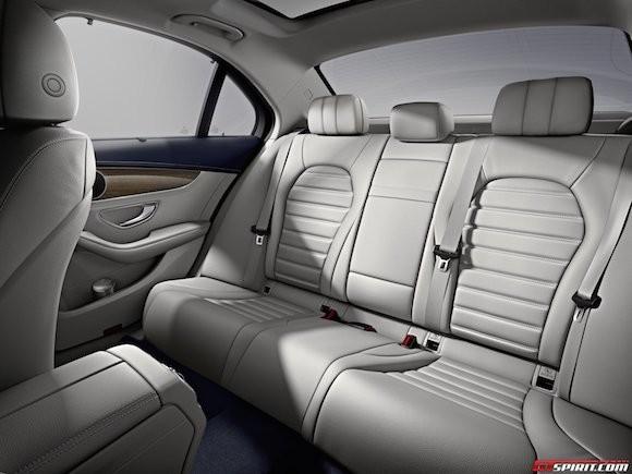 Mercedes-Benz C-Class kéo dài: Nội thất thêm sang trọng ảnh 6