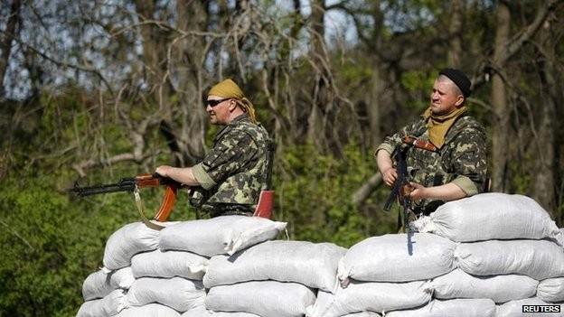 Nga ra lệnh diễn tập quân sự để phản ứng với hành động của Kiev ảnh 3