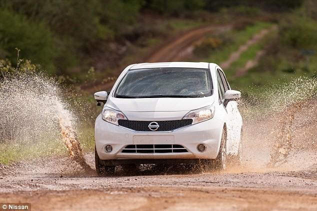 Nissan sản xuất xe có thể tự rửa trôi bùn đất ảnh 3