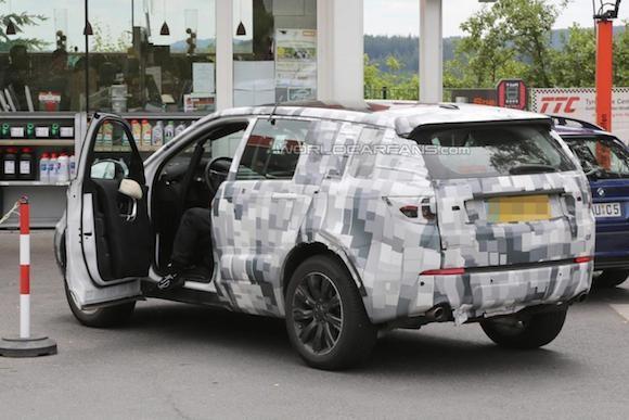 Land Rover Discovery Sport lộ ảnh chụp trộm nội thất ảnh 3