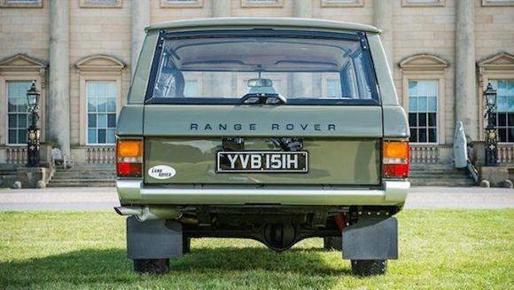 Chiếc Range Rover lâu đời nhất thế giới được đưa lên sàn đấu giá ảnh 3