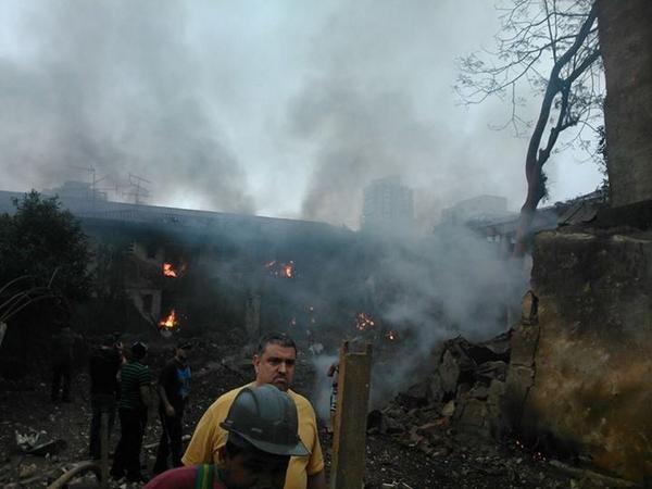 Máy bay chở ứng viên tổng thống Brazil đâm xuống khu dân cư ảnh 3