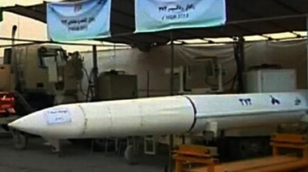 Không mua được S-300 của Nga, Iran tự phát triển tên lửa tầm xa Bavar-373 ảnh 1