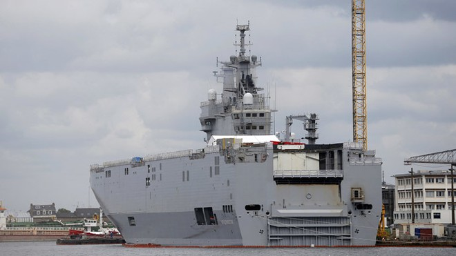 Pháp bất ngờ hoãn kế hoạch chuyển giao tàu sân bay Mistral cho Nga ảnh 1