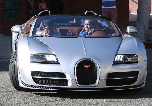 """Kẻ huỷ diệt"" Arnold Schwarzenegger vi vu cùng Bugatti Veyron ảnh 1"