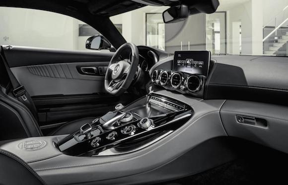 Mercedes-Benz AMG GTS: Diện mạo phá cách, sức mạnh vượt trội ảnh 2