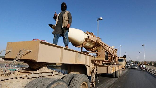 Mỹ từ chối hợp tác với Iran trong cuộc chiến chống IS ảnh 1