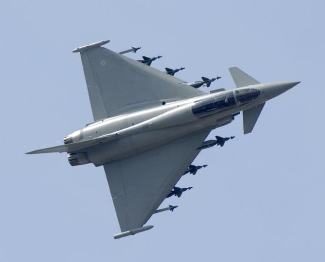 """Đức thừa nhận phải """"thất hứa"""" với NATO, vì trang bị không quân quá kém ảnh 1"""