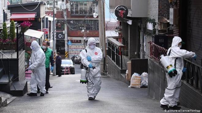 Hàn Quốc ghi nhận số ca nhiễm Covid-19 tăng mạnh ảnh 1