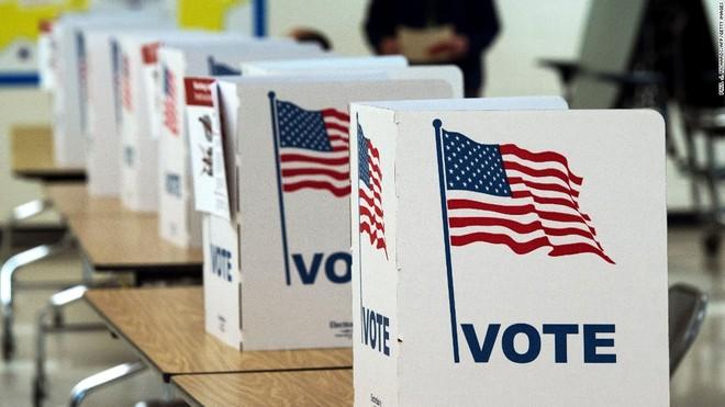 Mỹ trừng phạt nhiều cá nhân có liên đến Nga vì can thiệp bầu cử ảnh 1