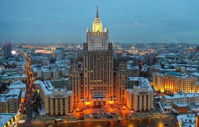 Nga công bố lệnh trừng phạt với 25 quan chức Anh ảnh 1
