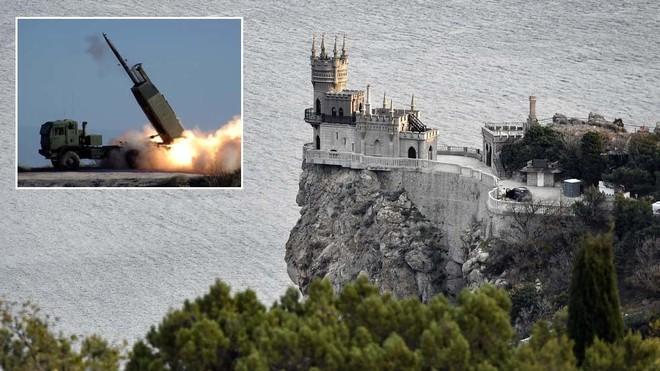 Leo thang căng thẳng với Nga, Mỹ mang pháo tầm xa đến diễn tập gần Crimea ảnh 1