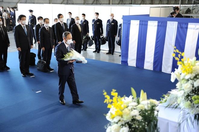 Thủ tướng Nhật Bản dự duyệt binh, kêu gọi quân đội đoàn kết ảnh 10