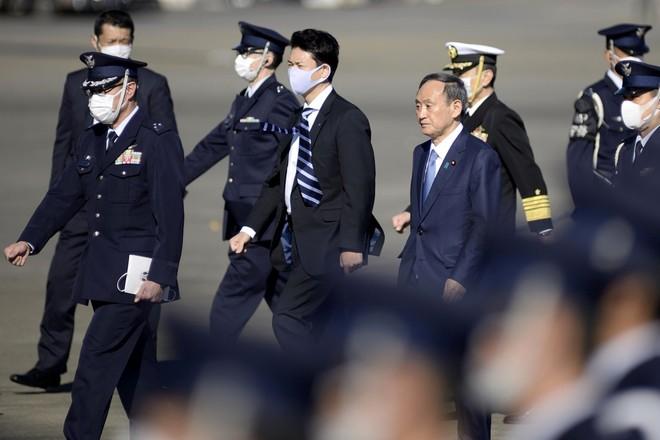 Thủ tướng Nhật Bản dự duyệt binh, kêu gọi quân đội đoàn kết ảnh 5