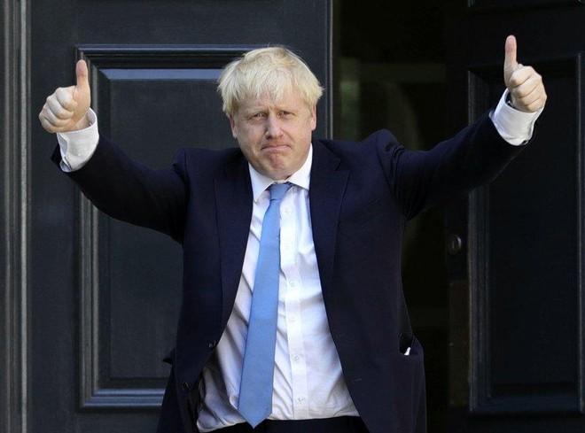 Thủ tướng Anh tuyên bố tiếp tục tại vị hậu Brexit ảnh 1