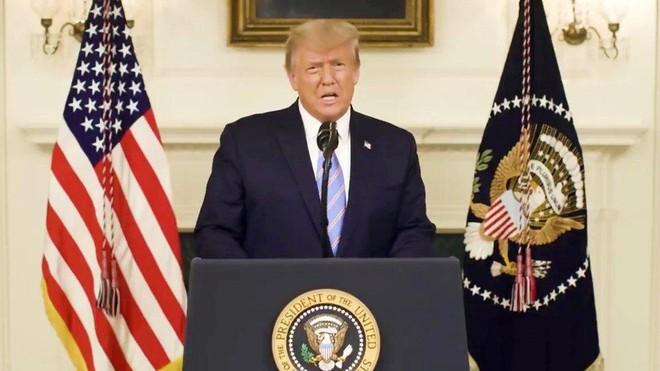 Đảng Dân chủ trình dự thảo luận tội Tổng thống Donald Trump ảnh 1