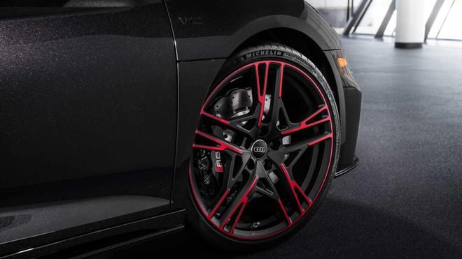 [ẢNH] Audi R8 RWD Panther: Kiểu dáng thêm hầm hố và thể thao ảnh 8