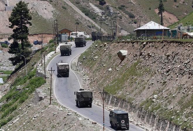 Ấn Độ triển khai thêm binh sĩ đến biên giới với Trung Quốc ảnh 1