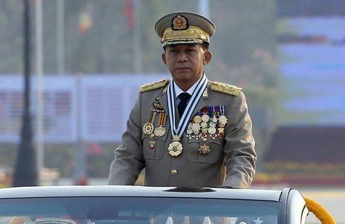 [ẢNH] Tổng Tư lệnh quân đội Myanmar hứa trao trả quyền lực sau bầu cử ảnh 3