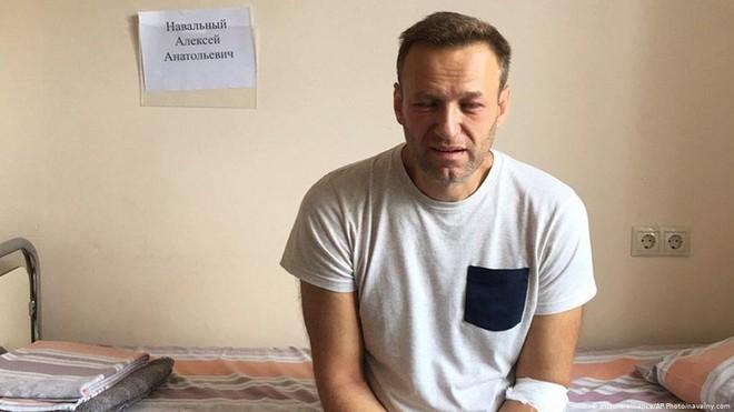 Ông Alexei Navalny suy thận nặng sau hai tuần tuyệt thực ảnh 1