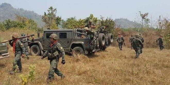 Hai căn cứ của quân đội Myanmar bị tấn công ảnh 1
