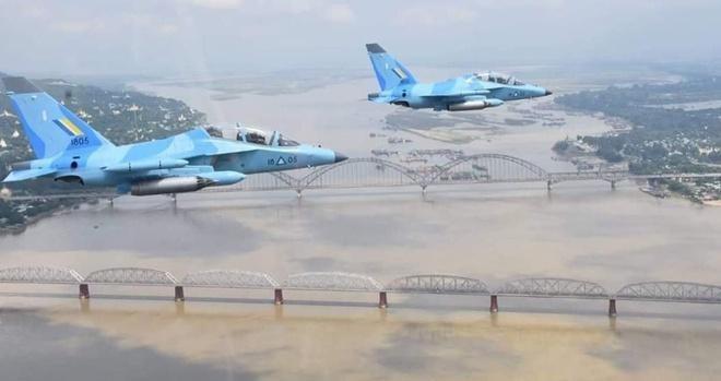 Không quân Myanmar không kích vào lực lượng Karen ảnh 1